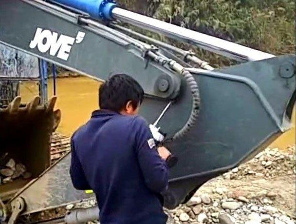 (操作达人)为什么挖机学徒与挖机老板总是难相处
