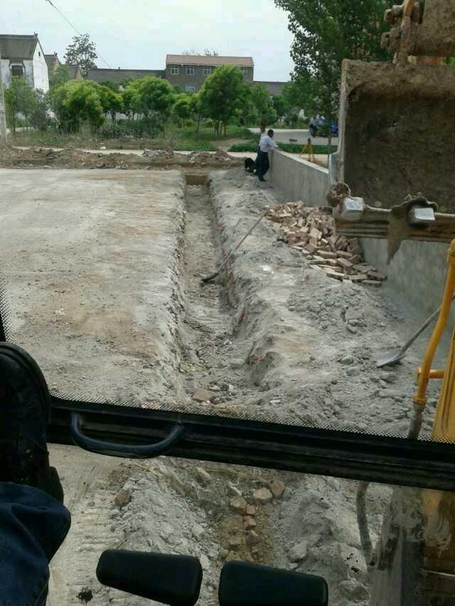 【操作达人】60挖机挖地基,挖沟技巧