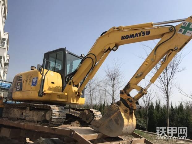 【每周说车】小松56-7挖掘机1700小时报告-帖子图片
