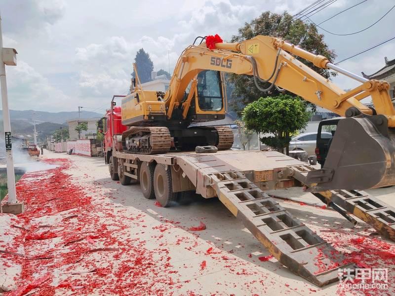 【我是说车达人】喜提山东临工E6135F挖掘机-帖子图片