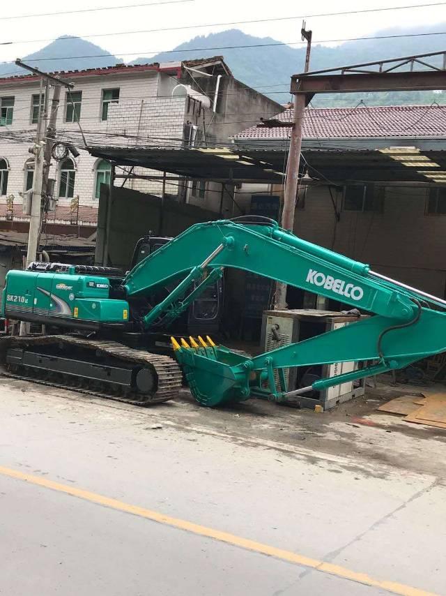 找一个湖北宜昌回四川的反空拖车,拖一台2