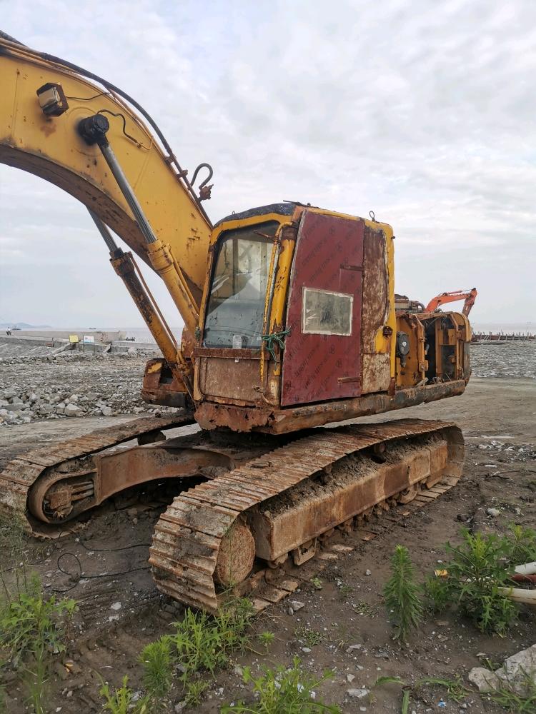 [我的成长日记]渣渣学徒与半报废挖机的奇妙相遇