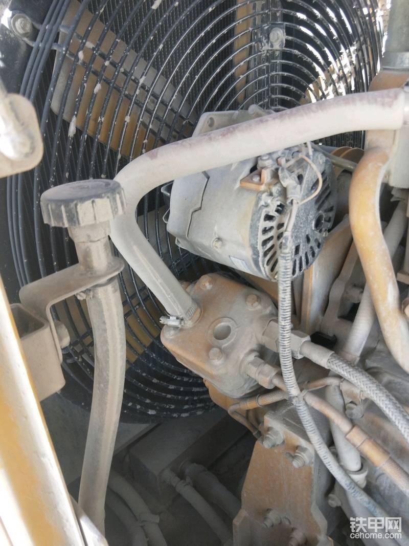 需要检测压力的部件都引出管道放在一起方便维修检测