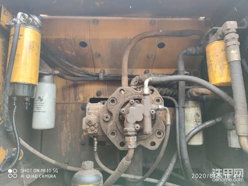 沃尔沃210增压器_请问下大神们这沃尔沃挖机210B从左到右是什么滤芯谢谢了_铁甲 ...