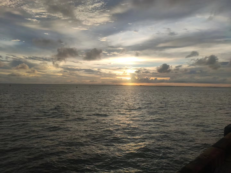 日出……日落……