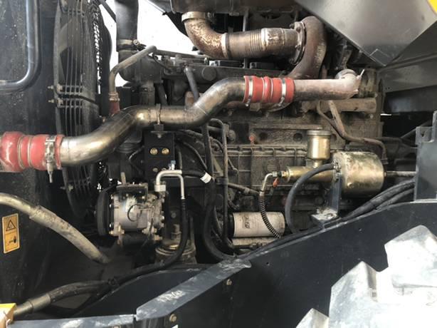 慢慢的在恢复,加力器更换,空调管更换,暖风管更换,中冷器管打磨