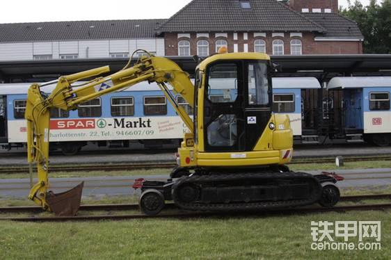 德国,小松轨道挖掘机PC50UUT-2-帖子图片