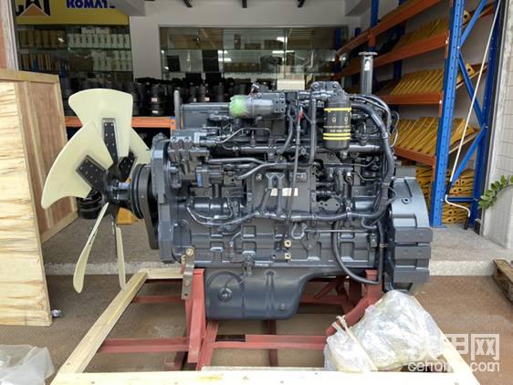 PC300-8电喷发动机总成长这样帖子图片