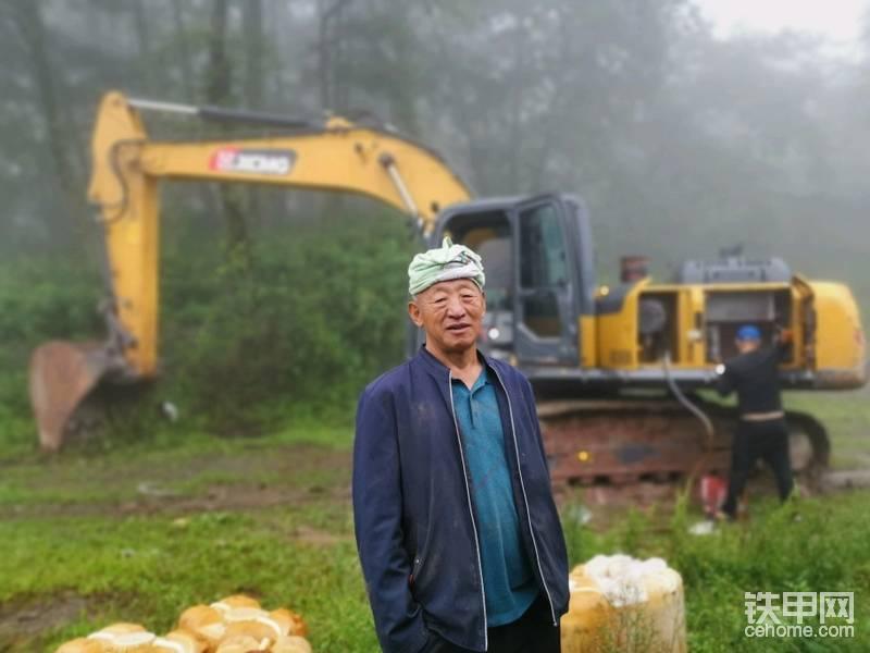 这个是古林海的亲戚,也是这个工程的老板。