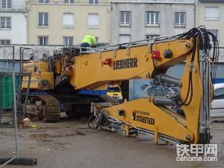 票友说车:利勃海尔R950demolition土豪拆楼机