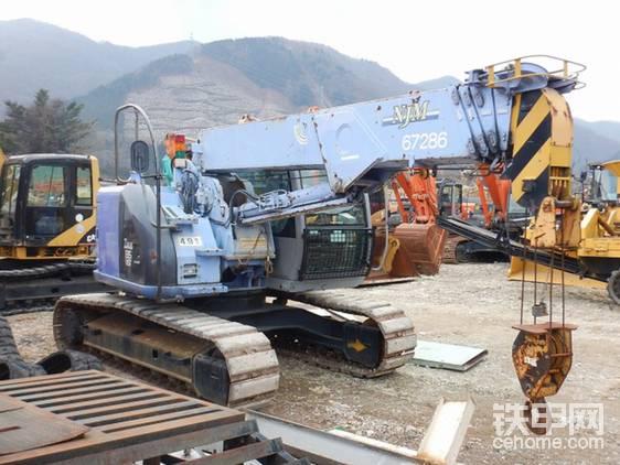 【票友说车2】之P了手的挖掘机:日立ZX135UST-帖子图片