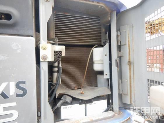 散热片和标准机一致。