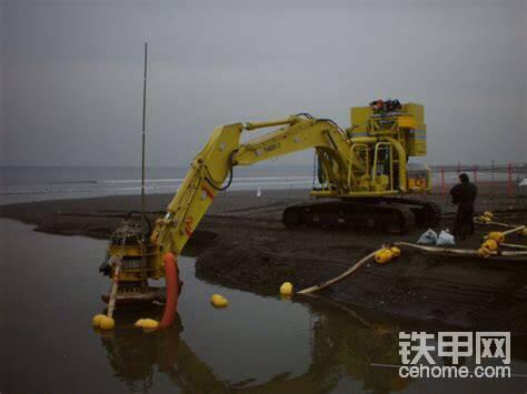 不过该车不再能深入大洋了,毕竟没有了支援船。而且这种设计破坏了视野,也令挖掘机笨拙。