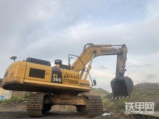 小松360、现代225两台挖机找活,准新车机况