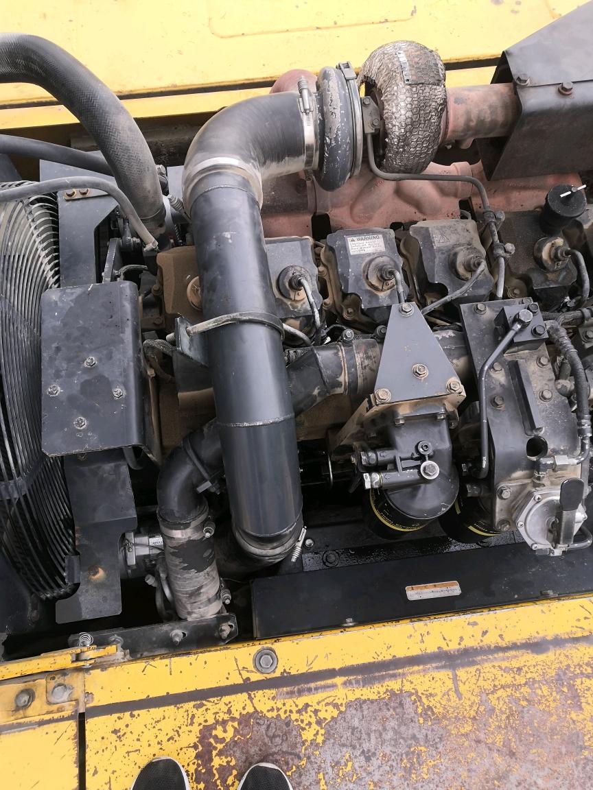 小松400-7故障码报警E11和E15的故障排除