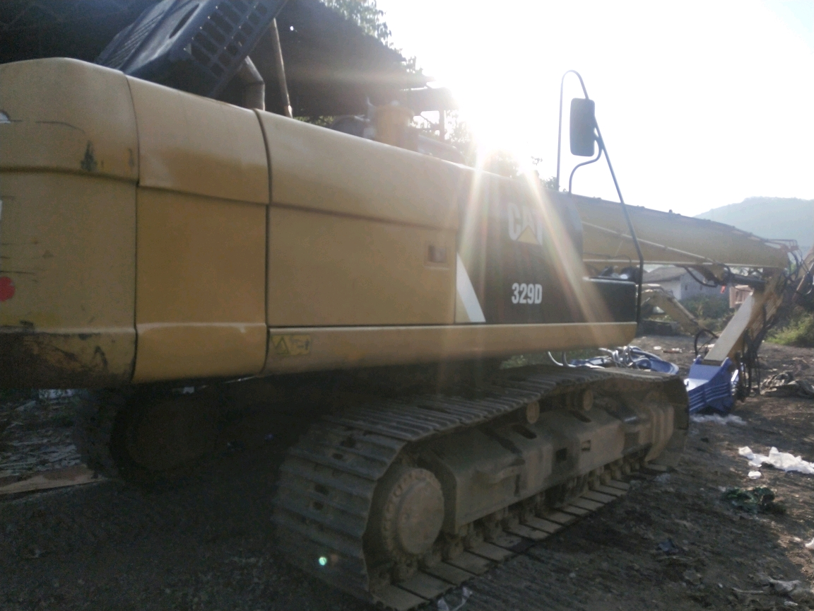 卡特329-13.8米打桩臂,330锤头安装完毕