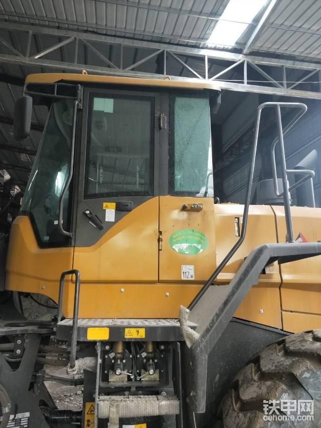 長沙市鄉市招鏟車司機2名工資七千要求會開-帖子圖片