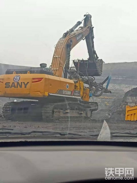 挖机找宽体车