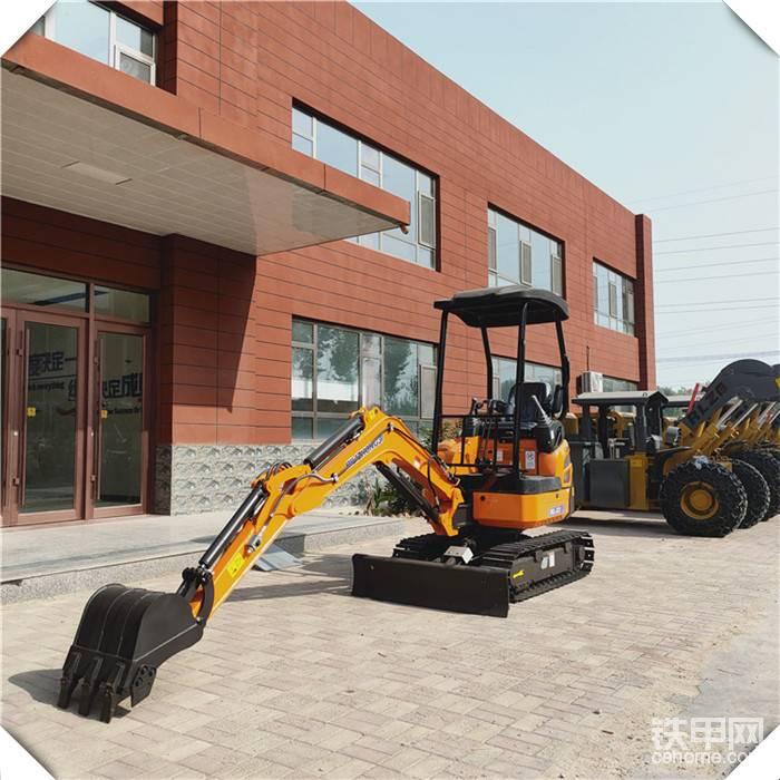 小工程使用微挖20小型挖掘機履帶挖掘機價格可更換各種屬具-帖子圖片