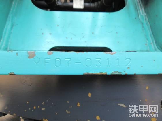 虽然是07,但是该车是2015年出厂的较新的产品。