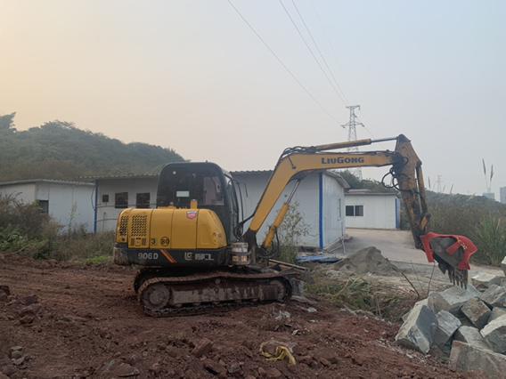 【我要上头条】小坑坑的铸铁水管安装秘籍!!