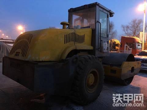 求购柳工,22吨26吨压路机,柳工180平地机只要东北车
