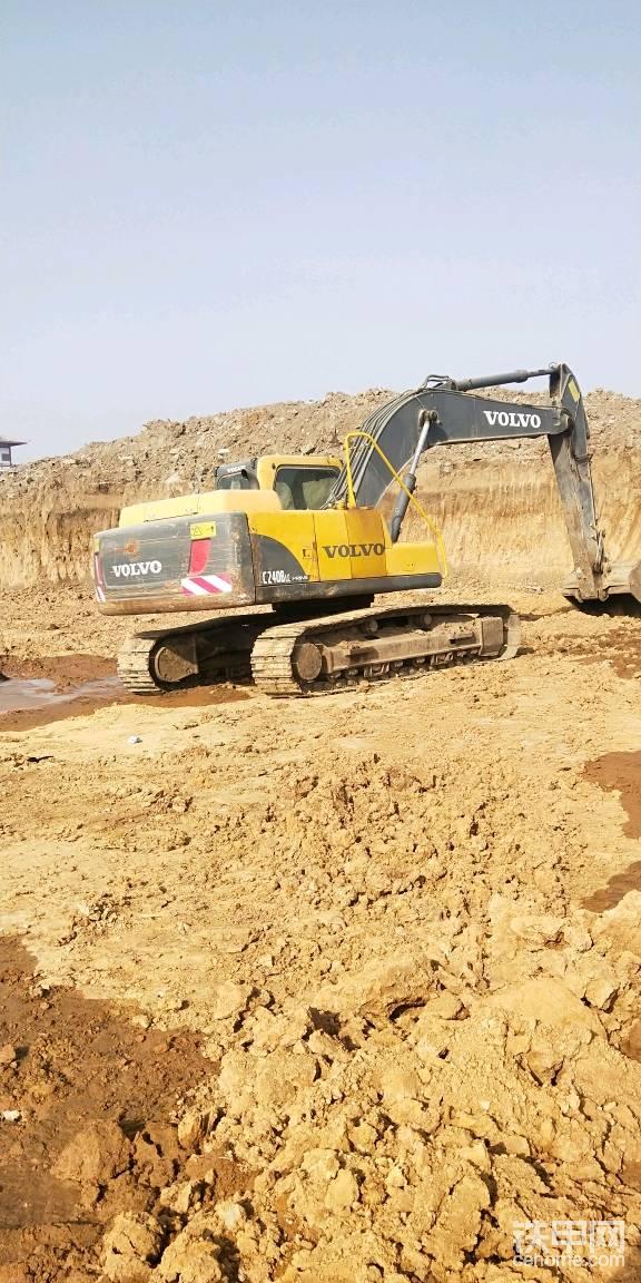 11年12月的土方挖掘机-帖子图片
