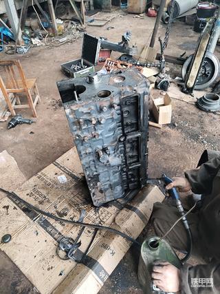 【全记录】再战三年-斗山225-7发动机修理(组装篇)