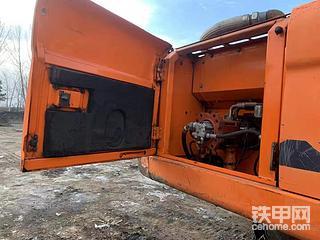 Dx225斗山挖掘机 干活车