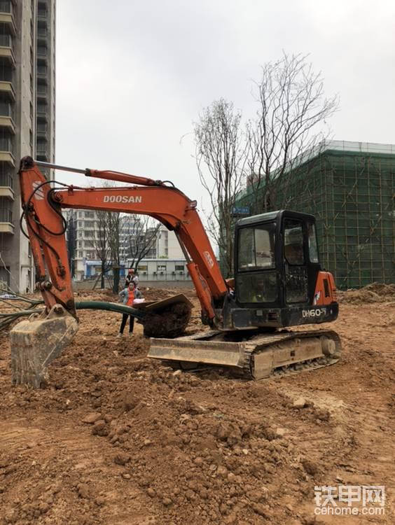千挑萬選,2021年喜提柳工CLG906E挖掘機-帖子圖片