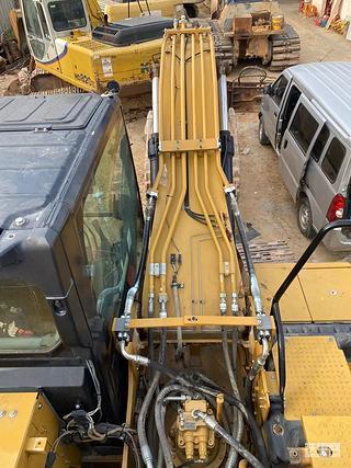 卡特320GC免焊管路安装完成