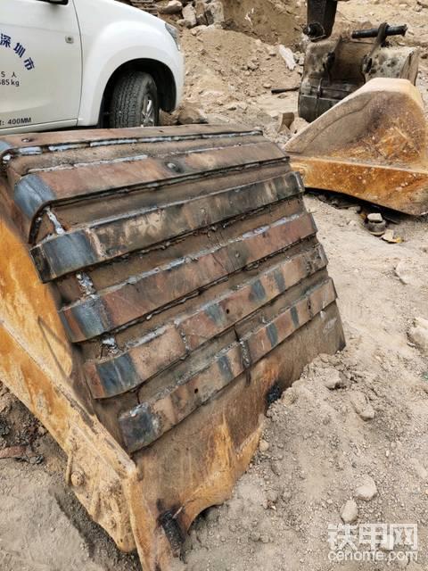 【维修小记】铲斗销轴洞焊接以及加固后续