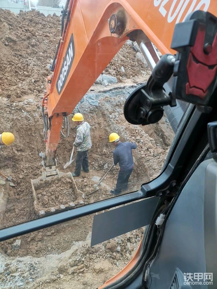 記小挖機挖城市雨水-帖子圖片