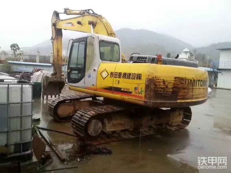 【維修保養】整理住友SH200-Z3挖掘機-帖子圖片
