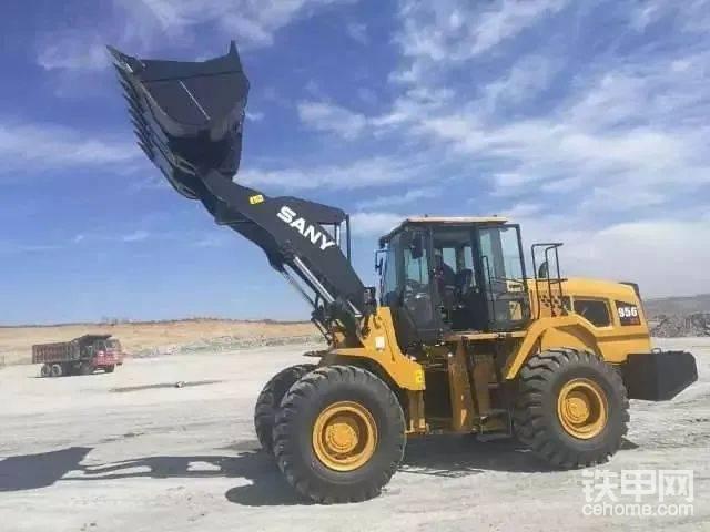 【飛哥說車24】裝載機界的新黑馬,三一956H5-帖子圖片