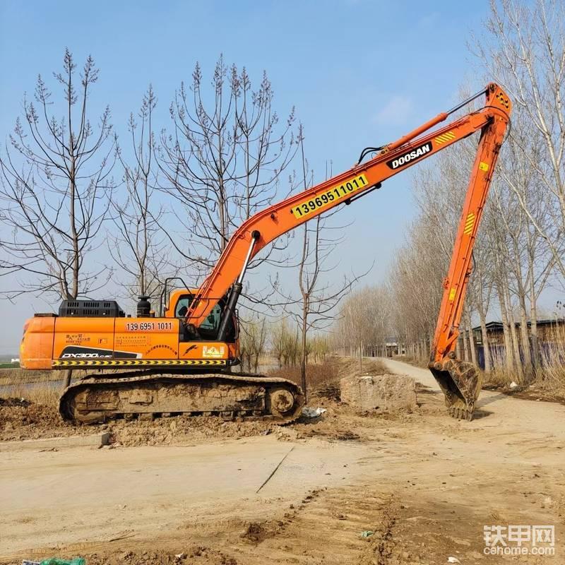 專業出租18-28米加長臂挖掘機,-帖子圖片