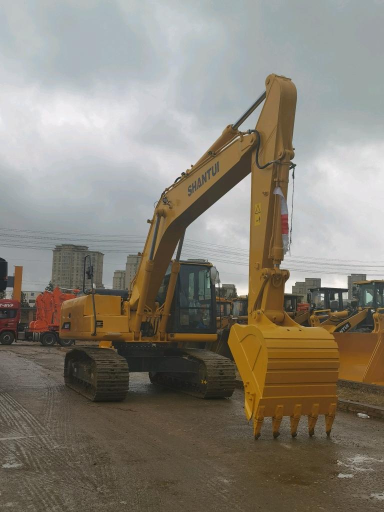 山推挖掘机210W