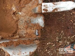 沃得85挖机用的是什么斗根??