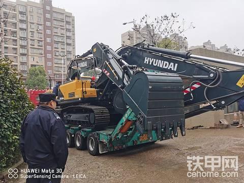 【口碑评价】现代225LVS挖机600小时使用心得
