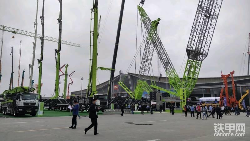 歡迎欣賞中聯ZCC5200S大型履帶吊-帖子圖片