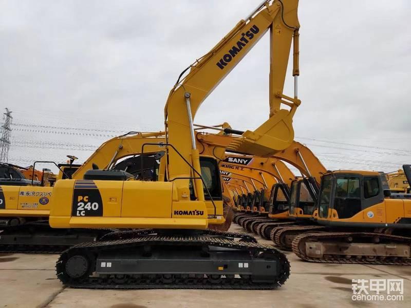 二手挖掘機小松240-8 小松二手挖掘機 進口挖掘機-帖子圖片