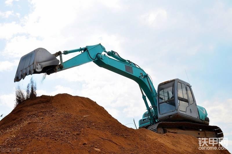 一个挖机驾驶员的高光时刻-帖子图片