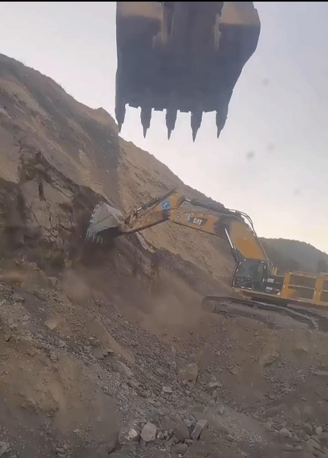 一些实用的挖掘机安全操作指南