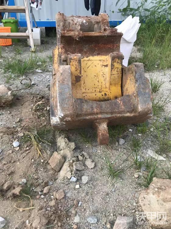 挖掘機快接-帖子圖片