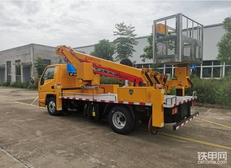 伸縮臂式22米高空作業車價格-帖子圖片