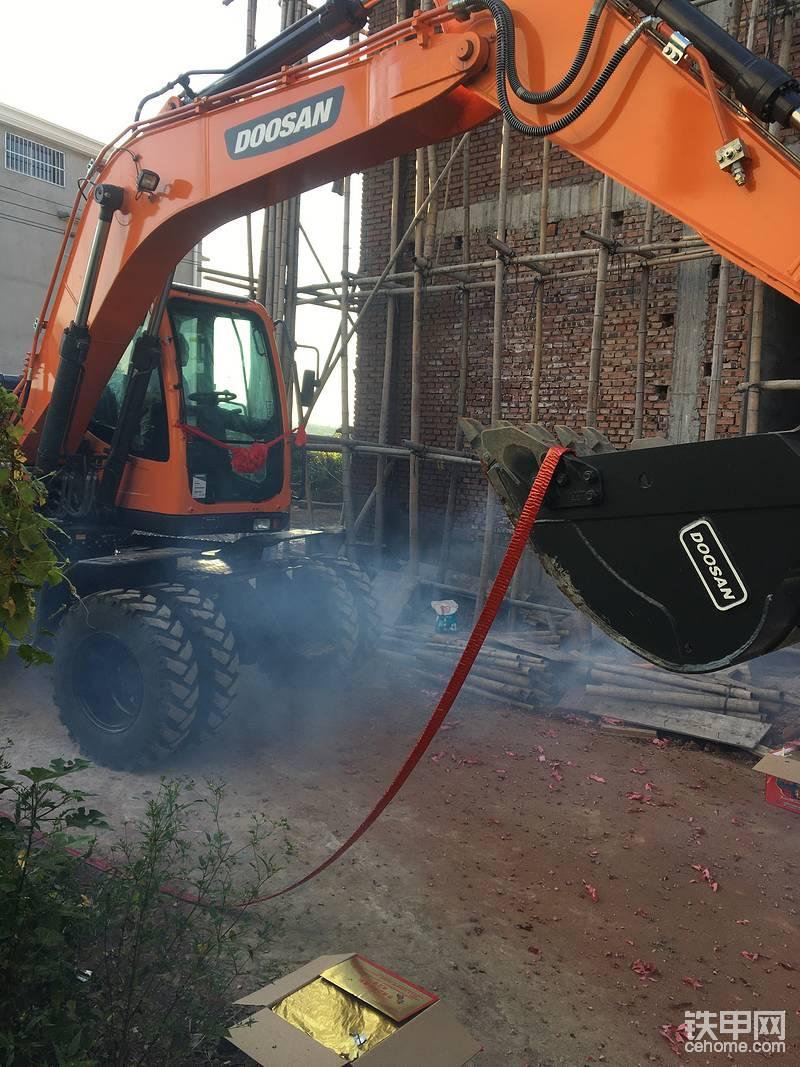 喜提斗山150W-9C大輪胎挖機-帖子圖片