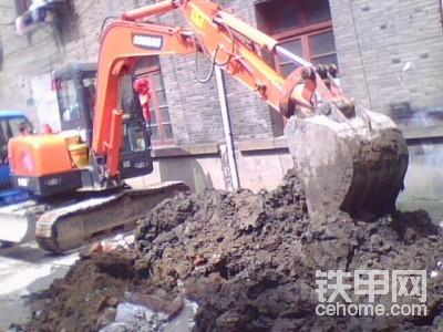 上海寶山區挖掘機出租215-7現代挖掘機出租-帖子圖片