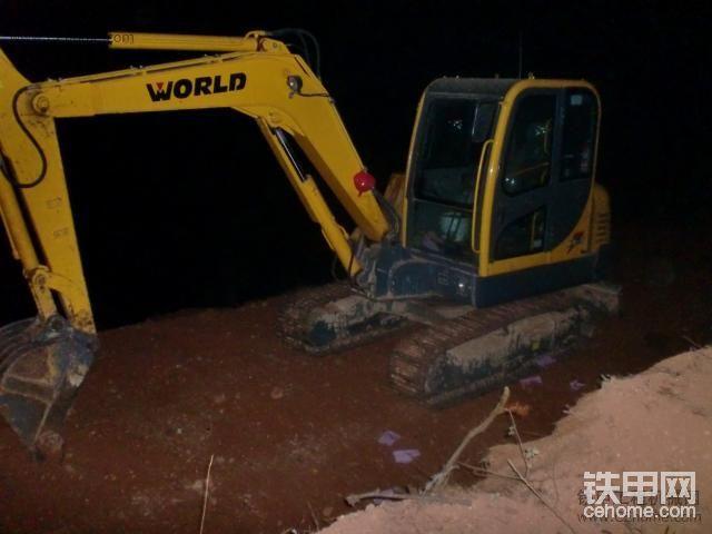 國產新軍--沃得重工WORLD  W260挖機-帖子圖片