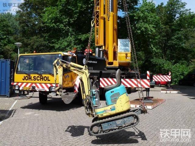 洋馬SV08小挖掘機在天臺工作和打錘-帖子圖片