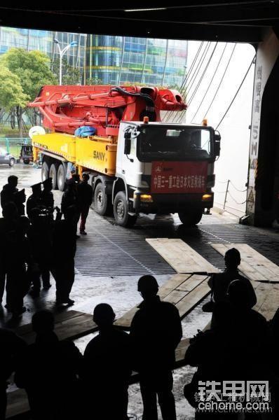 三一重工赴日本救災62米泵車,這次給力了。-帖子圖片